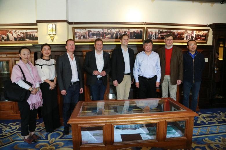 重温青岛记忆,共创中德友谊  ——普鲁士亲王访问团莅临青岛印象博物馆